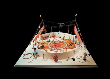 alexander calder cirque calder performance art